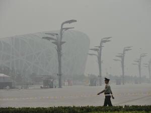 Un épais smog enveloppe la capitale chinoise.