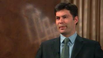 Mario Dumont en entrevue avec Céline Galipeau après l'annonce de son départ de la vie politique.