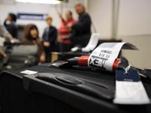 Une valise à l'aéroport de Los Angeles
