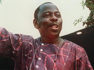 L'écrivain Ken Saro-Wiwa, qui a été pendu le 10 novembre 1995.