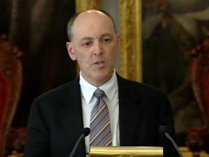 Le ministre des Finances, Graham Steele