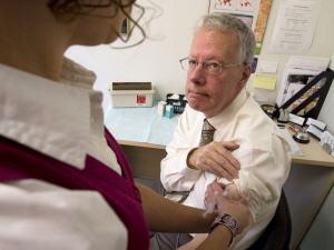 Un vaccin maintenant disponible | ICI.Radio-Canada.ca