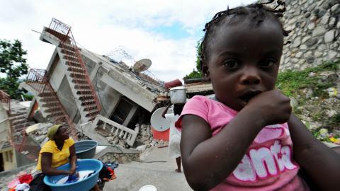 Des survivants du séisme, à Jacmel