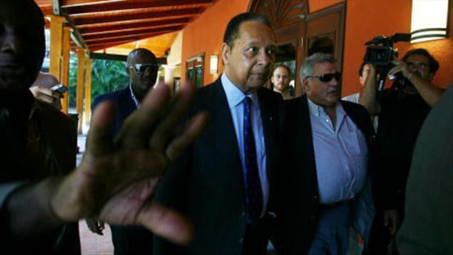 Duvalier devant l'Hotel Karibe à Port-au-Prince le 20 janvier 2011