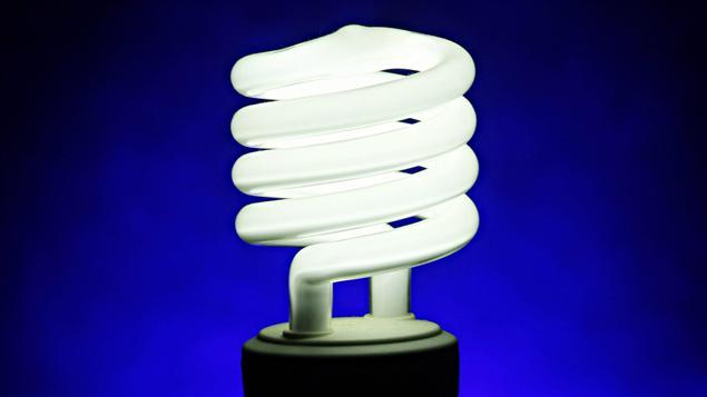 L 39 ontario veut s 39 attaquer aux ampoules fluocompactes ici for Correspondance ampoules anciennes et nouvelles