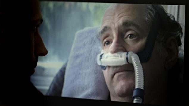 Image du documentaire «Right To Die?» sur le suicide assisté. On y voit l'Américain Craig Ewert, 59 ans. Cet homme, qui souffrait d'une maladie cérébrale dégénérative, a mis fin à ses jours en 2006 dans une clinique de Zurich.
