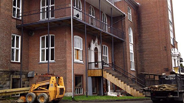 Foyer Hotel Dieu : Une nouvelle mission pour l hôtel dieu ici radio canada