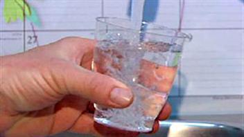 Calgary cesse d'ajouter du fluor à son eau potable.