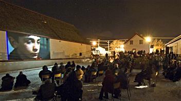 Présentation d'un film lors du festival Les Percéides
