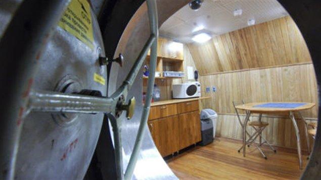 La cuisine du vaisseau de la mission Mars 500