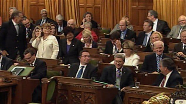Postes canada le projet de loi sp ciale est adopt for Chambre de communes