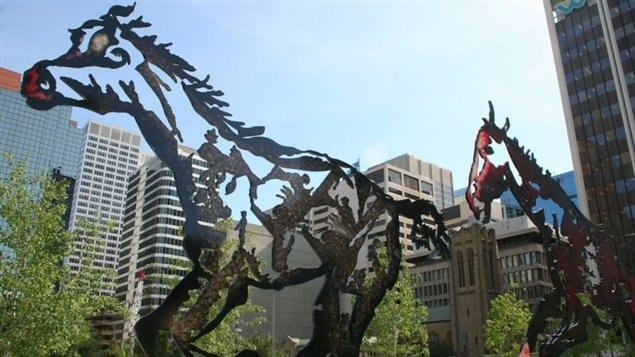 Les scultures de Joe Fafard au centre-ville de Calgary.