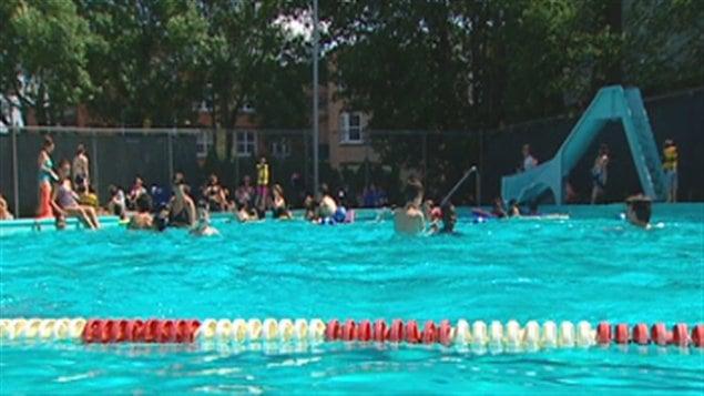 Les piscines de sherbrooke ouvrent ici radio for Piscine publique