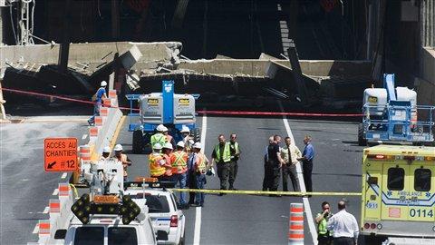 Une immense structure de béton s'est effondrée dans le tunnel Ville-Marie à Montréal.
