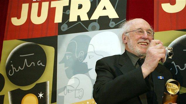 Michel Brault, alors qu'il reçoit un prix Jutra le 20 février 2005.