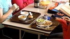 Un groupe à l'Î.-P.-É. propose des dîners gratuits à l'école comme solution à l'insécurité alimentaire