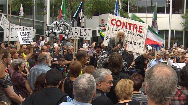 La manifestation pour une commission d'enquête publique à Montréal