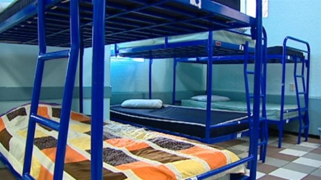 Des enfants sous la garde des services à l'enfance doivent dormir dans un refuge pour jeunes sans-abri d'Edmonton.