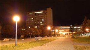 Université Laurentienne du Grand Sudbury( Édifice Parker(