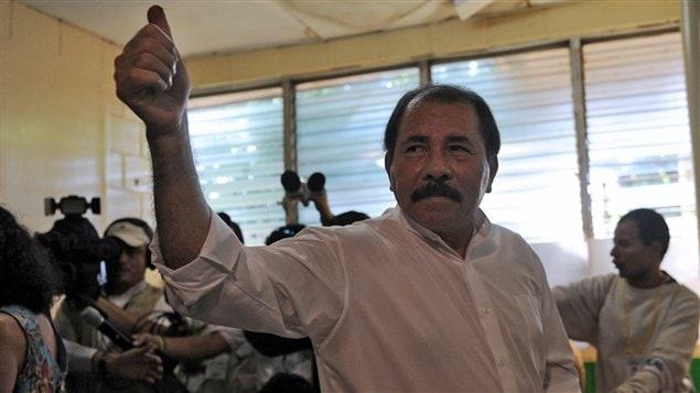 Daniel Ortega, los du vote, dimanche, à Managua