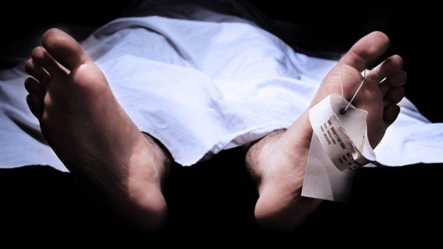 Un corps au moment de l'autopsie