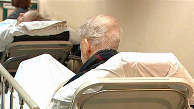 Les patients de soins de longue durée qui choisissent de demeurer à l'hôpital pourrait être forcer de quitter