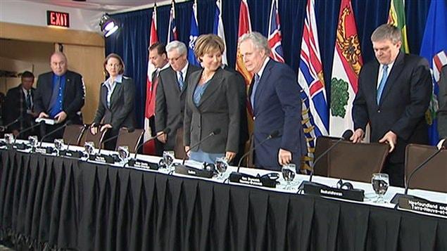 Les premiers ministres des provinces sont réunis à Victoria, en Colombie-Britannique, à l'occasion du Conseil de la fédération.