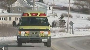ambulance-gaspesie-hiver