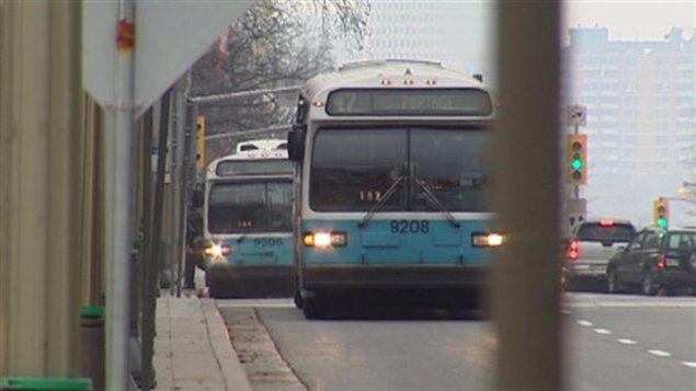 Des autobus de la STO