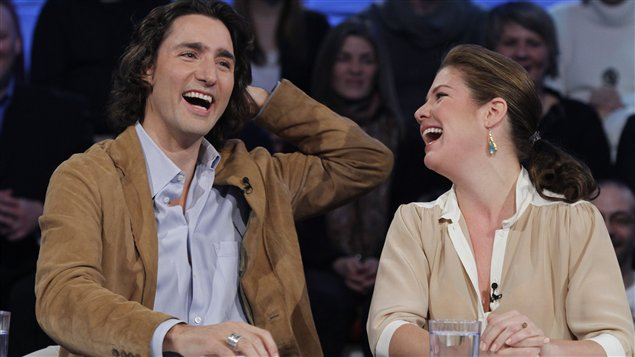 Justin Trudeau et sa femme, Sophie Grégoire, à l'émission <em>Tout le monde en parle</em>, le 4 mars 2012