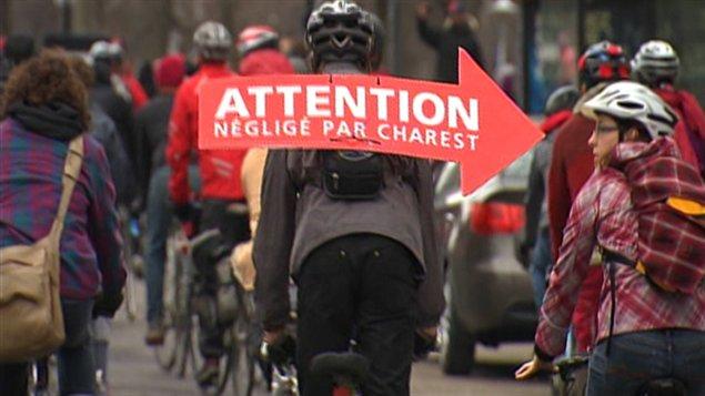 Les étudiants à vélo pour faire entendre leur cause