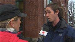 Charles, un des manifestants, dit avoir été victime d'intimidation.