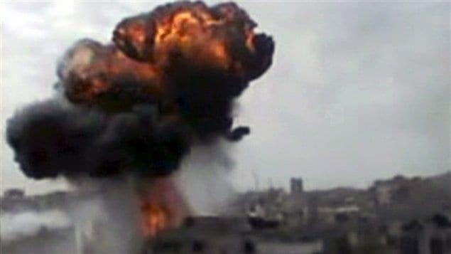 Bombardements de l'armée syrienne à Homs