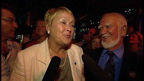 La chef du Parti québécois répond aux questions des journalistes à la suite de la victoire de son candidat dans Argenteuil.