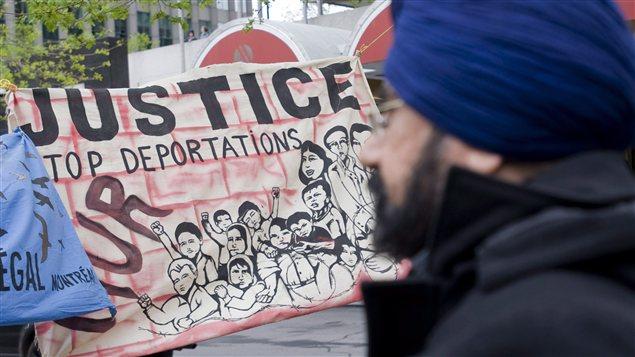 Manifestation contre les réformes du système de l'immigration à Montréal, le 20 avril 2012