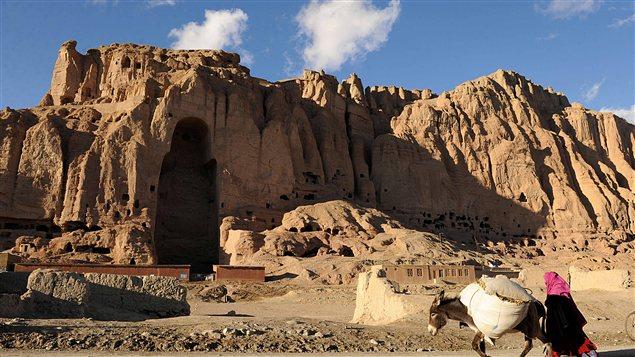 Une des niches où se trouvait un bouddha avant d'être détruit par des talibans, en 2001.