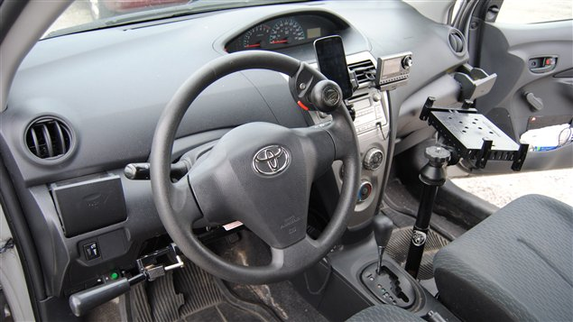 des conducteurs handicap s retrouvent confiance en eux au volant ici radio. Black Bedroom Furniture Sets. Home Design Ideas