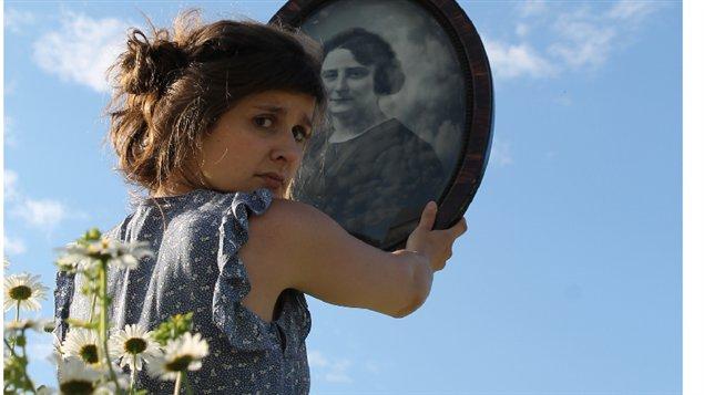 La jeune artiste Klô Pelgag est en spectacle au Festival d'été de Québec