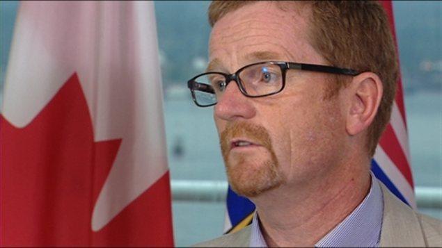 Le ministre de l'Environnement Terry Lake