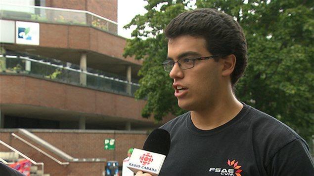 Julien Sirois, l'étudiant du Cégep du Vieux Montréal à l'origine de la pétition