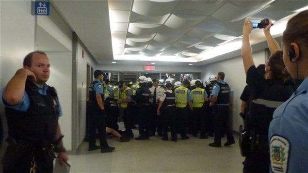 Intervention policière à l'intérieur de l'Université de Montréal, le 28 août 2012