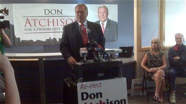 Le maire de Saskatoon Don Atchison se représente aux élections municipales en octobre 2012.