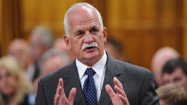 Le ministre fédéral de la Sécurité publique, Vic Toews, à la période de questions à la Chambre de communes à Ottawa.