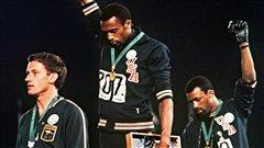 Smith et Carlos,symboles des droits civiques, reçus par Obama