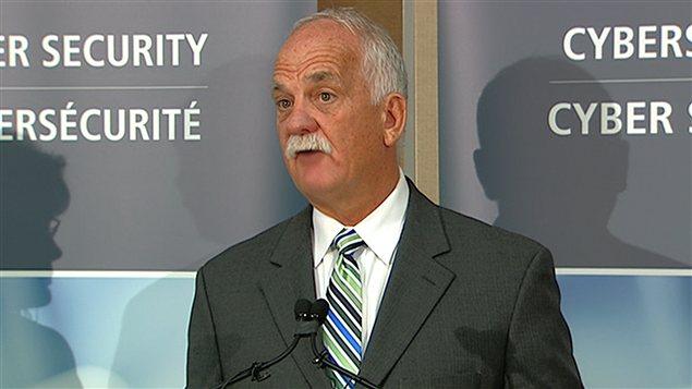 Le ministre fédéral de la Sécurité publique, Vic Toews