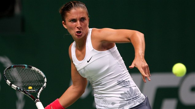 L'Italienne Sara Errani s'incline 3-6 et 2-6 devant la Russe Maria Sharapova aux Championnats de la WTA.