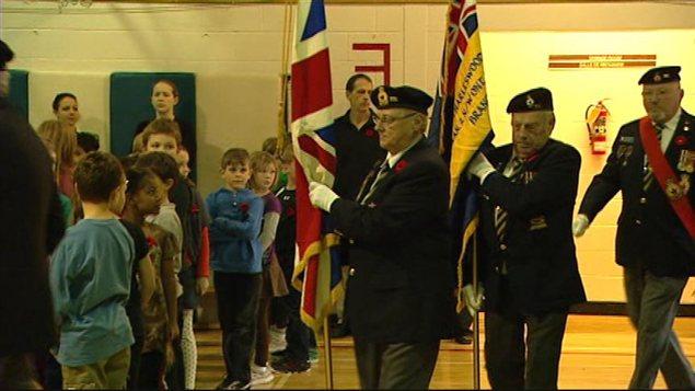 Les élèves de l'École Dieppe ont rendu hommage aux anciens combattants.