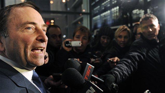 Gary Bettman commente les pourparlers entre la LNH et l'Association des joueurs à New York.
