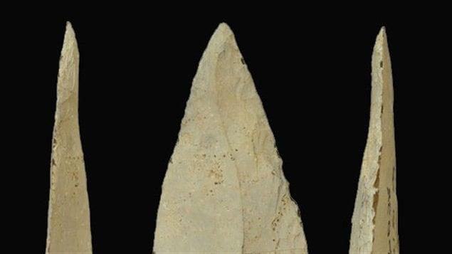 Les pointes de lance en pierre découvertes en Afrique du Sud