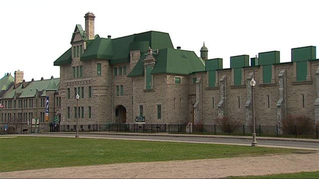Les ruines du Manège militaire sur la Grande Allée, à Québec